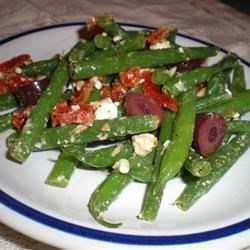 Marinated Green Beans with Olives, Tomatoes, and Feta Recipe