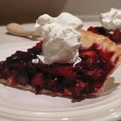 Maman's Fresh Strawberry Rhubarb Pie Recipe