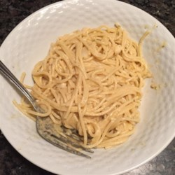Rosemary Pasta in Roasted Garlic Sauce