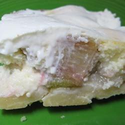 Rhubarb Cheesecake Dream Bars