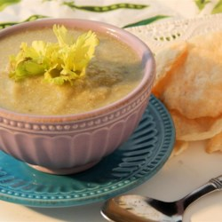 Low-Fat Cream of Celery Soup