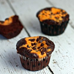 Chocolate Cupcakes with Pumpkin Cheesecake Filling