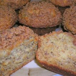 Yummy Banana Crumb Muffins!
