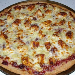 Brie Cranberry and Chicken Pizza Recipe