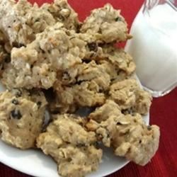 Low Sugar Oatmeal Raisin Cookie