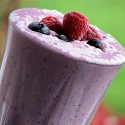 Quick Berry Milkshake Recipe