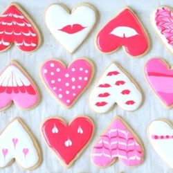 Heart Cookies Decorated With Royal Icing Recipe And Video   Decorated  Cookies Make A Lovely Gift
