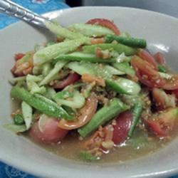Yam Taeng (Spicy Cucumber Salad)