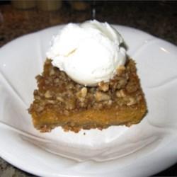Yum yum pumpkin pie square