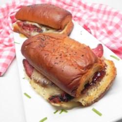 Baked Hawaiian Roll Sandwiches