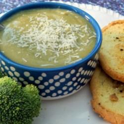 dairy free creamy broccoli soup printer friendly