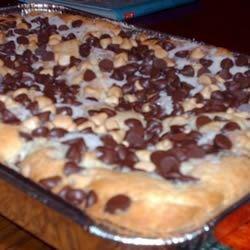 Chocolate cinnamon-chunk coffee cake