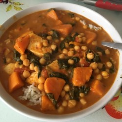 sweet potato spinach and halloumi curry printer friendly