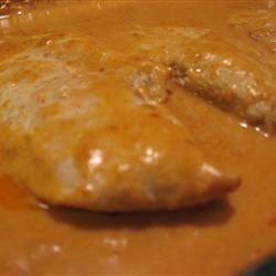 Chicken Breasts in a Sour Cream and Wine Sauce