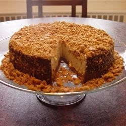 Cheesecake with Graham Cracker Topping