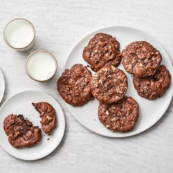 Ghirardelli Flourless Fudgy Chocolate Chip Cookies