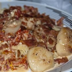 Father-in-Law's Scallops with Sun-Dried Tomatoes and Bacon Recipe