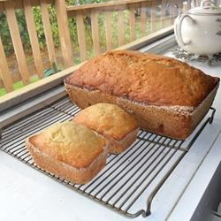 Big and little Banana Bread