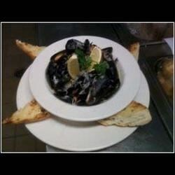 Photo of Seafood Alfredo with Mussels by Zac Patterson