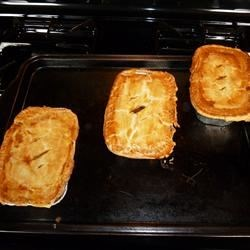 Photo of Easy Mini Ale and Meat Pies by Bella V.