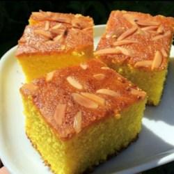Semolina Turmeric Cake (Sfoof)