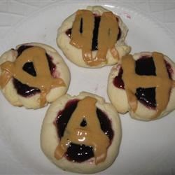 Peanut Butter and Jelly Thumbprint Shortbread Cookies ...