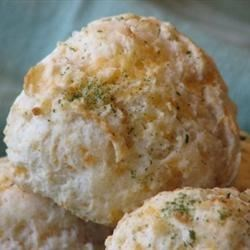 Photo of Garlic Cheese Biscuits by Brenda