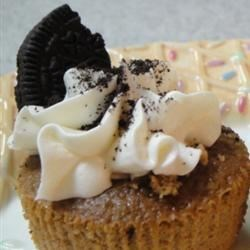 My Oreo cookie cupcake...