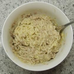 Dorm Room Cheesy Tuna and Noodles Recipe