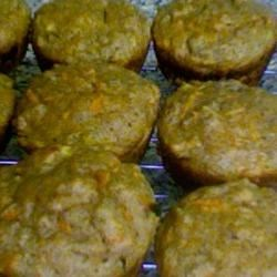 Photo of Healthy Whole Wheat Carrot Muffins by Kim