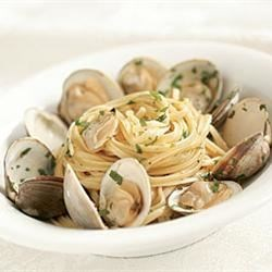 Fabiola's Linguine and Clams