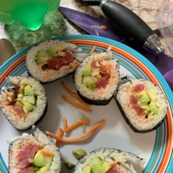 Spicy Tuna Sushi Roll