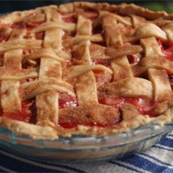Summer Strawberry Rhubarb Pie Recipe