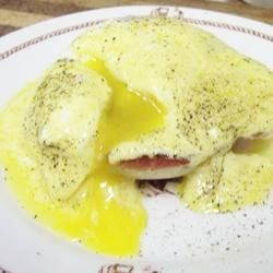Quick and Easy Eggs Benedict Recipe
