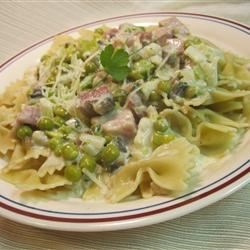 Farfalle with Ham and Peas Recipe