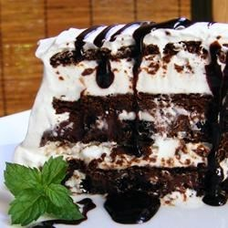 OREO(R) and Fudge Ice Cream Cake