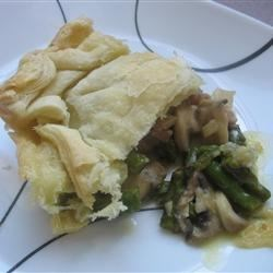 Asparagus and mushroom puff pastry pie by Kalan L.
