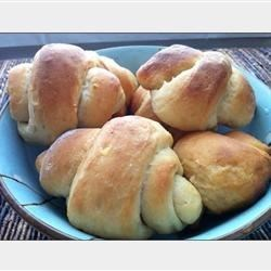 Colleen's Potato Crescent Rolls
