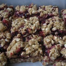 raspberry oat bars w/nuts