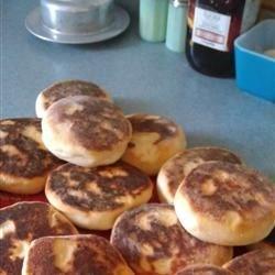 Portuguese Muffins - Bolo Levedo Recipe
