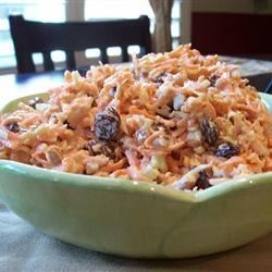 A Different Carrot Raisin Salad