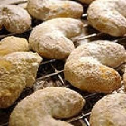 Almond Crescents I Recipe