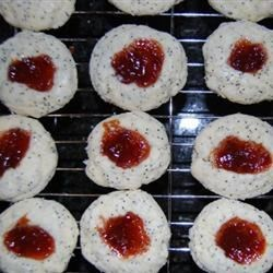 Cherry Poppyseed Twinks Recipe