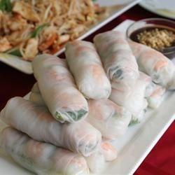 Fresh Spring Rolls with Mint