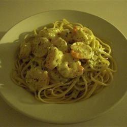 Creamy Shrimp Pesto