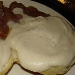 Country gravy with bacon n' biscuits