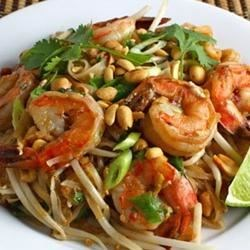 Photo of Spicy Shrimp Pad Thai by n0xzemagrl