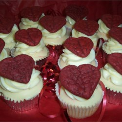 Vanilla  cupcake with Red Velvet Cookie