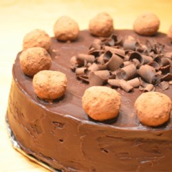 Chocolate Cheesecake with truffles and chocolate ganache