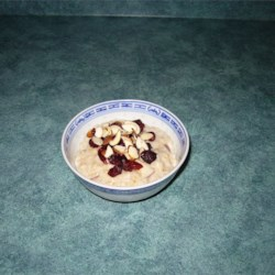 Slow Cooker Fruit, Nuts, and Spice Oatmeal Recipe